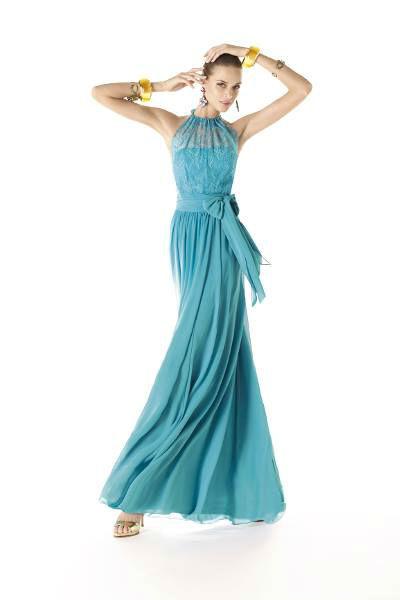 Beispiel: Kleider in vielen Farben und Formen, Foto: Brautsalon Flossmann Festmode.