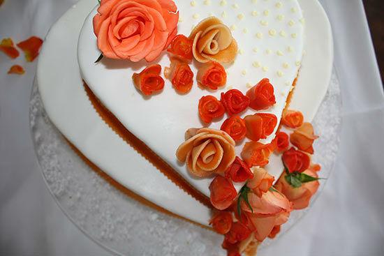 Beispiel: Hochzeitstorte, Foto: Teepott-Restaurant.