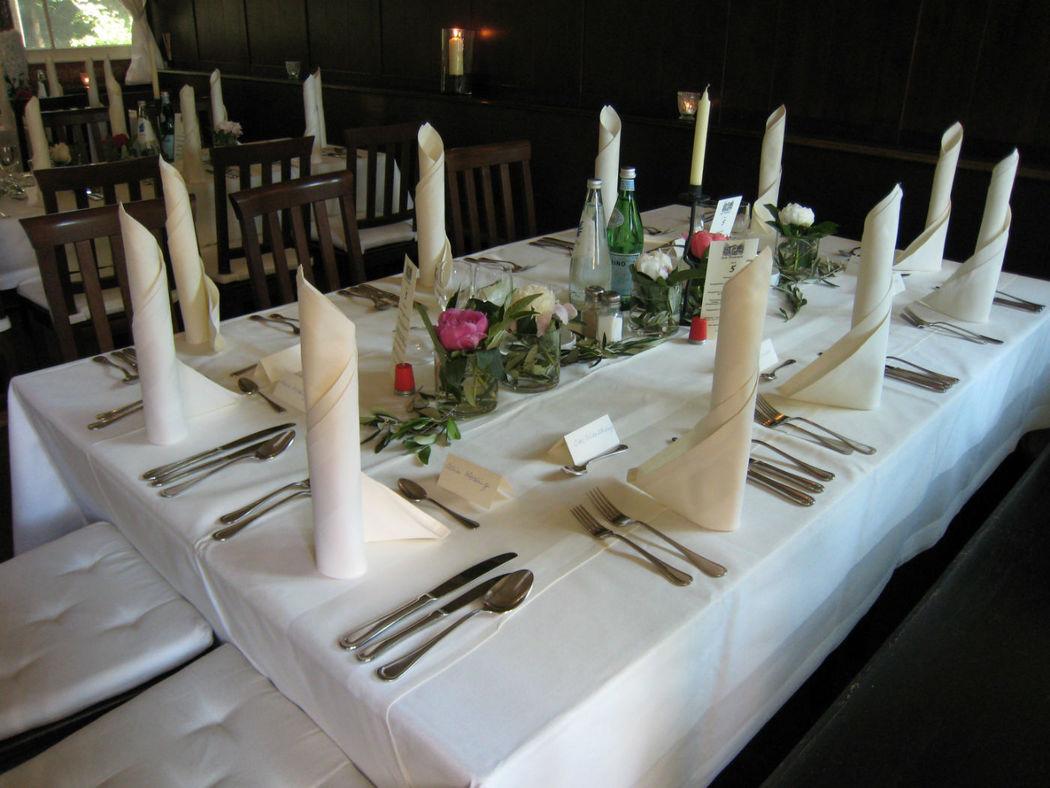 Beispiel: Stube - Tischdekoration, Foto: Zum Brunnwart.