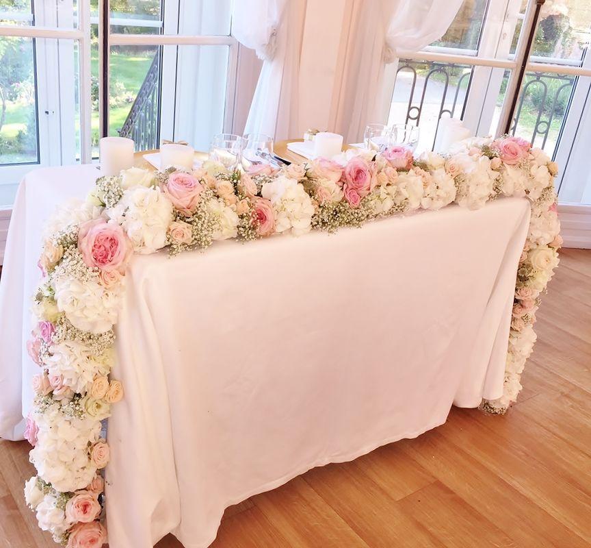 Guirlande de fleurs table d'honneur