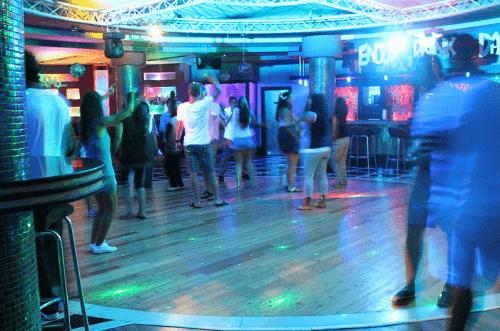 Beispiel: Tanzfläche, Foto: Swiss Event.