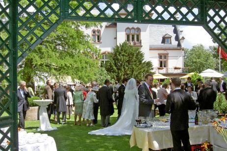 Beispiel: Hochzeit im Schloss, Foto: Hotel Kronenschlösschen.