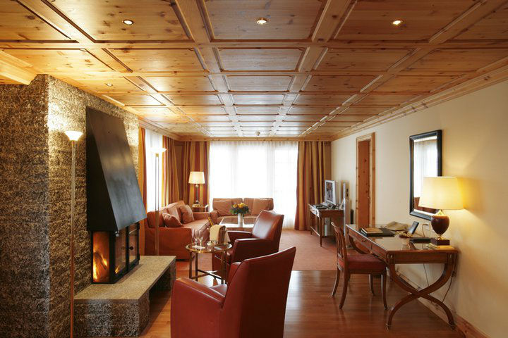 Beispiel: Zimmer, Foto: Grand Hotel Zermatterhof.
