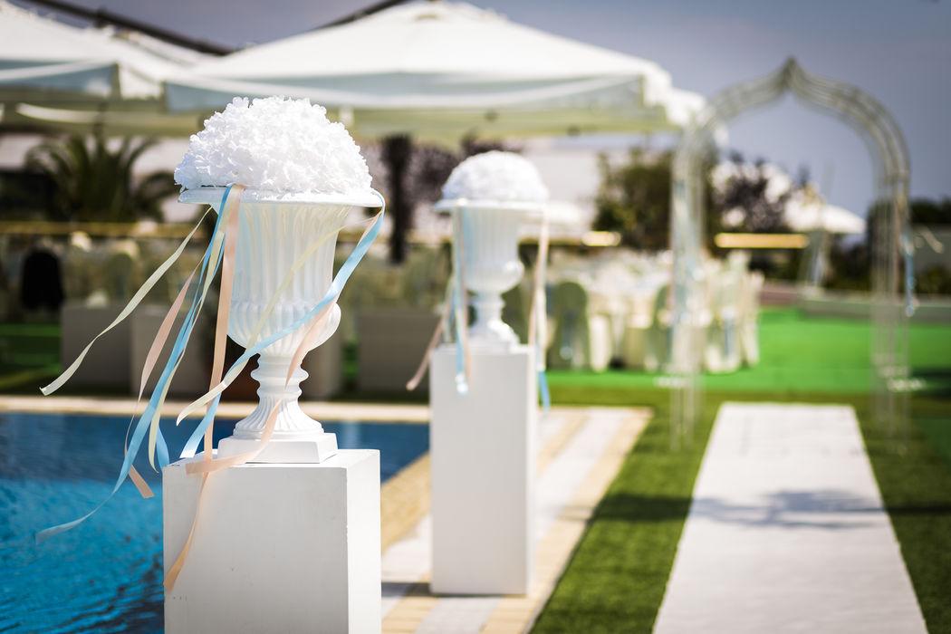 Grand Hotel Pianeta Maratea - arrivo degli sposi in piscina     - photo: http://www.ndphoto.it/