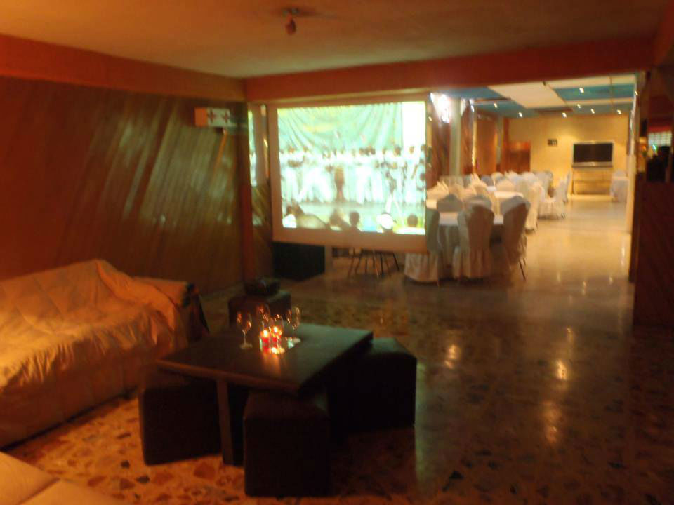 Leal Salones Alexander en la Ciudad de México.