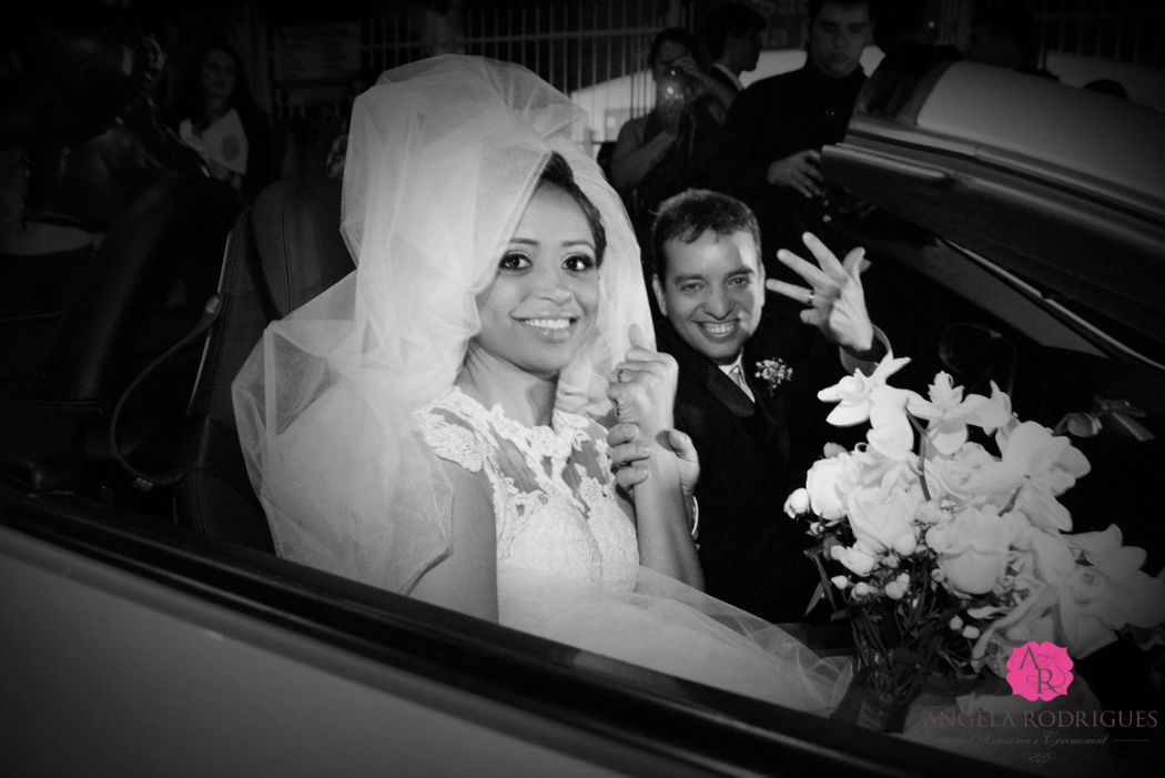 Cuidado e carinho especial ao cuidar dos noivos!