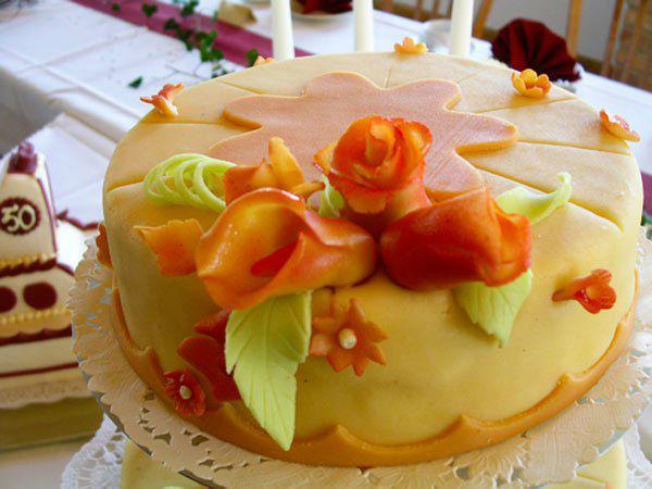 Beispiel: Torte, Foto: Land-gut-Hotel Hermann.