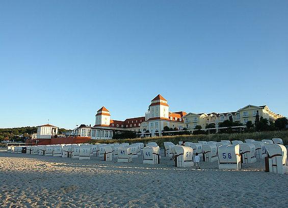 Beispiel: In der Abendsonne, Foto: Travel Charme Kurhaus Binz.