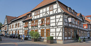 Beispiel: Seitenansicht, Foto: Hoffmannhaus Fallersleben.