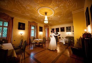 Beispiel: Brautpaar, Foto: Schloss Heinsheim.
