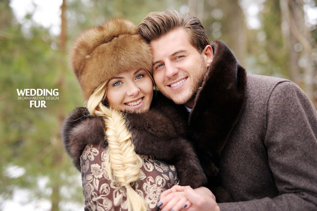 Меховые аксессуары для стилизованной русской свадьбы: платок с меховой оторочкой, меховой капор, шапка-кубанка из соболя, меховой шарф из норки