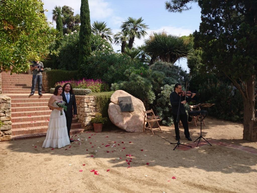 Violin solo Jardin botánico de Blanes