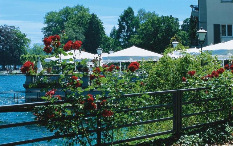 Beispiel: Blick auf die Terrasse, Foto: Steigenberger Inselhotel Konstanz.