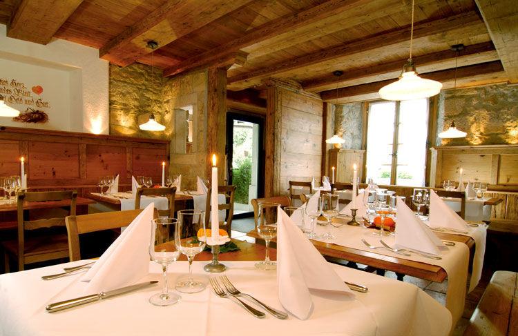Beispiel: Gaststube, Foto: Landgasthof zu den Drei Sternen.