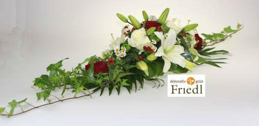 Beispiel: Tischgesteck, Foto: Friedl dekorativ & grün.