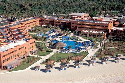 Boda destino en los cabos en el hotel Holiday Inn Resort Los Cabos