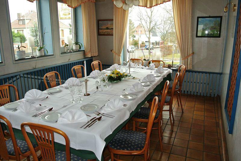 Beispiel: Innenraum - Tafel, Foto: Restaurant Prinzenquelle.