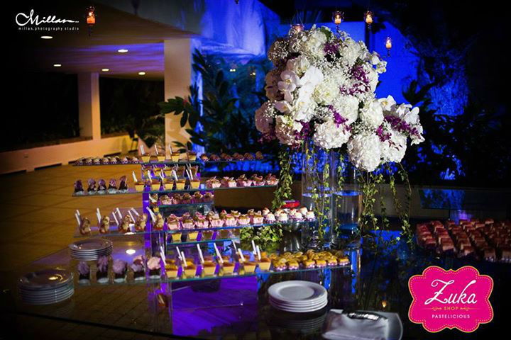 Mesa dulce para una bodamoderna