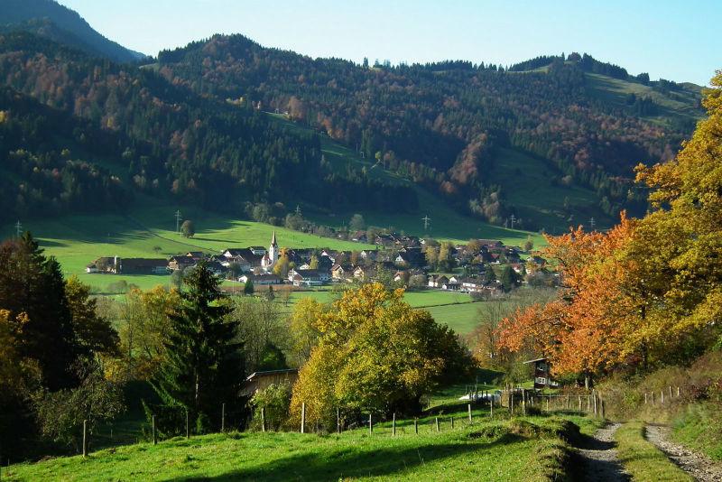 Beispiel: Blick ins Thal, Foto: Dorfhaus Thalkirchhof.