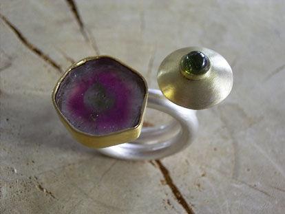 Beispiel: Ring, Foto: Die Hofgoldschmiede.