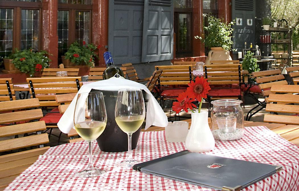 Beispiel: Terrasse, Foto: Gasthaus zum Ochsen.