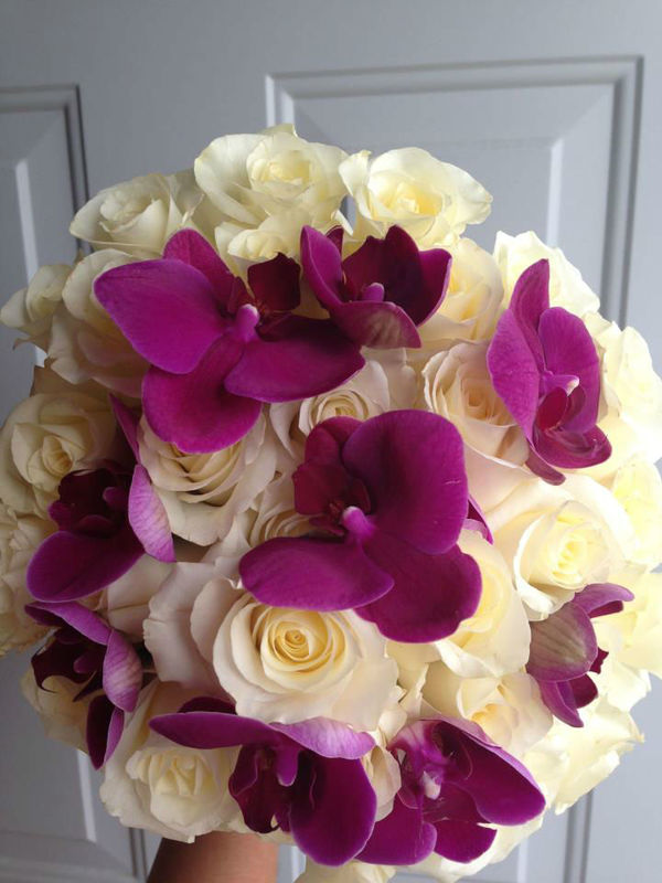 orquideas con rosas