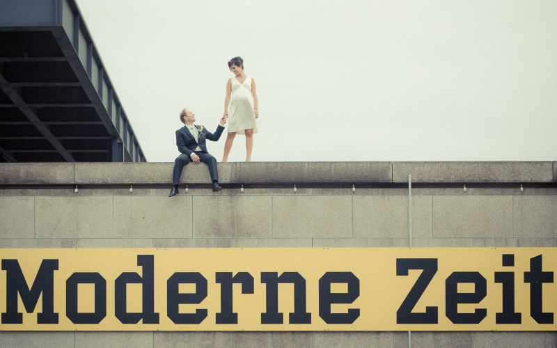 Beispiel: Brautpaar beim Paarshooting, Foto: Berlin Weddings Hochzeitsfotografie.