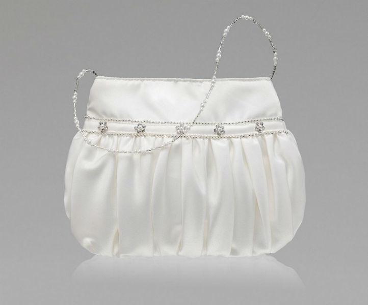 Beispiel: Wunderschöne Brauttaschen, Foto: Event-Mode.