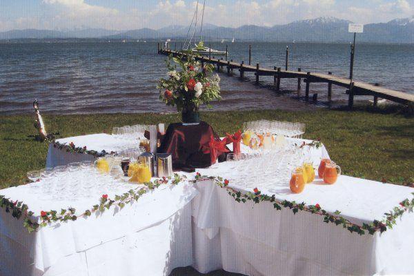 Beispiel: Empfang am See, Foto: Malerwinkel.
