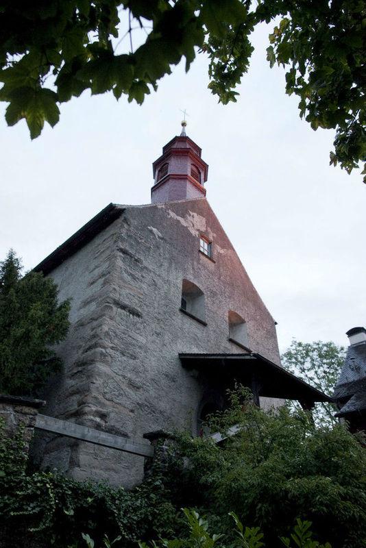 Beispiel: Außenansicht, Foto: Burgrestaurant Gebhardsberg.