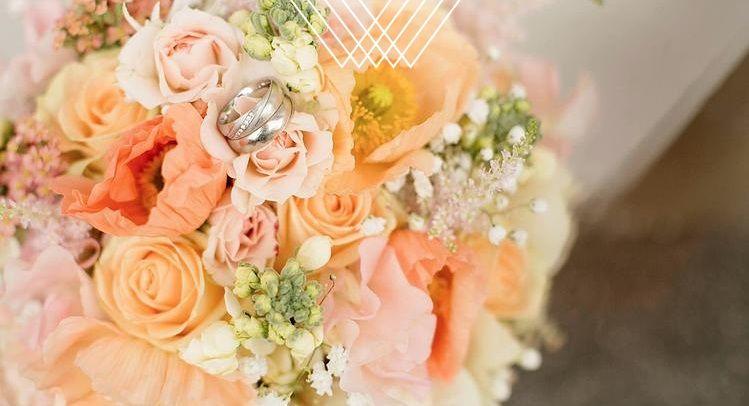 Beispiel:  Vintage Brautstrauss Hochzeitsfloristik,