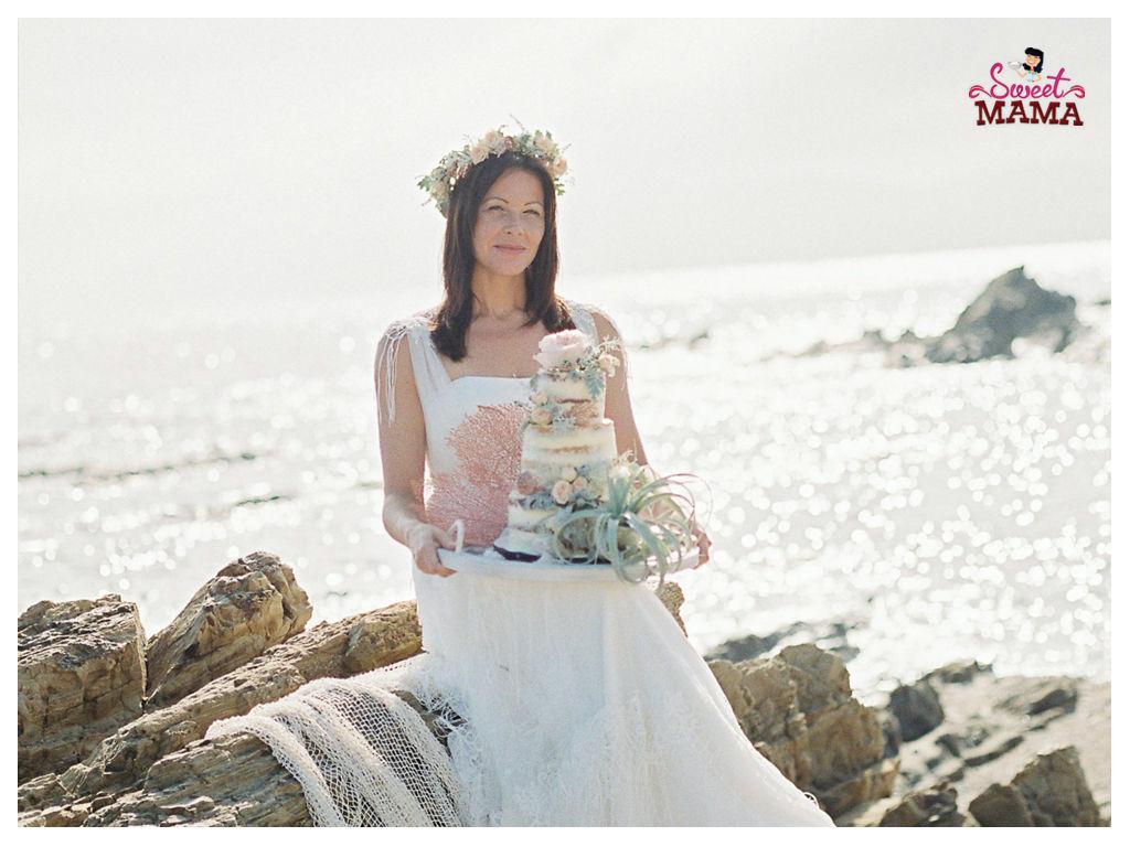 Naded Cake boda Cadaqués. Foto: Charlotte Van den Berg.