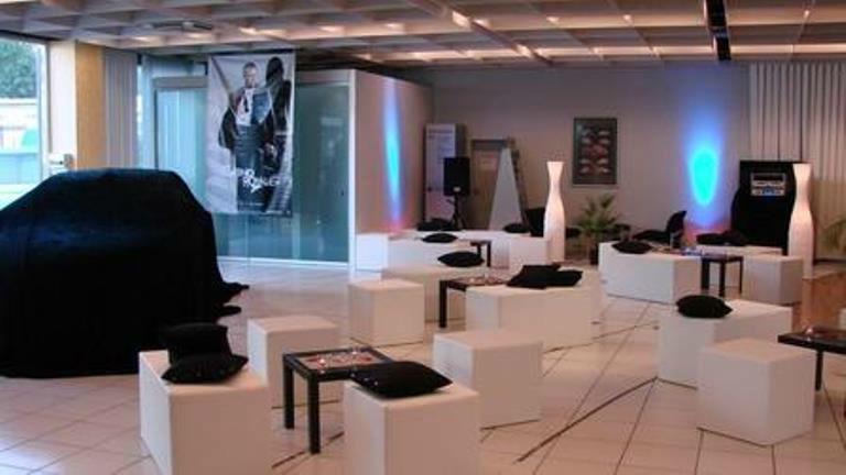 Beispiel: Mieten Sie Ihre Möbel zur Hochzeit, Foto: Mietidee.