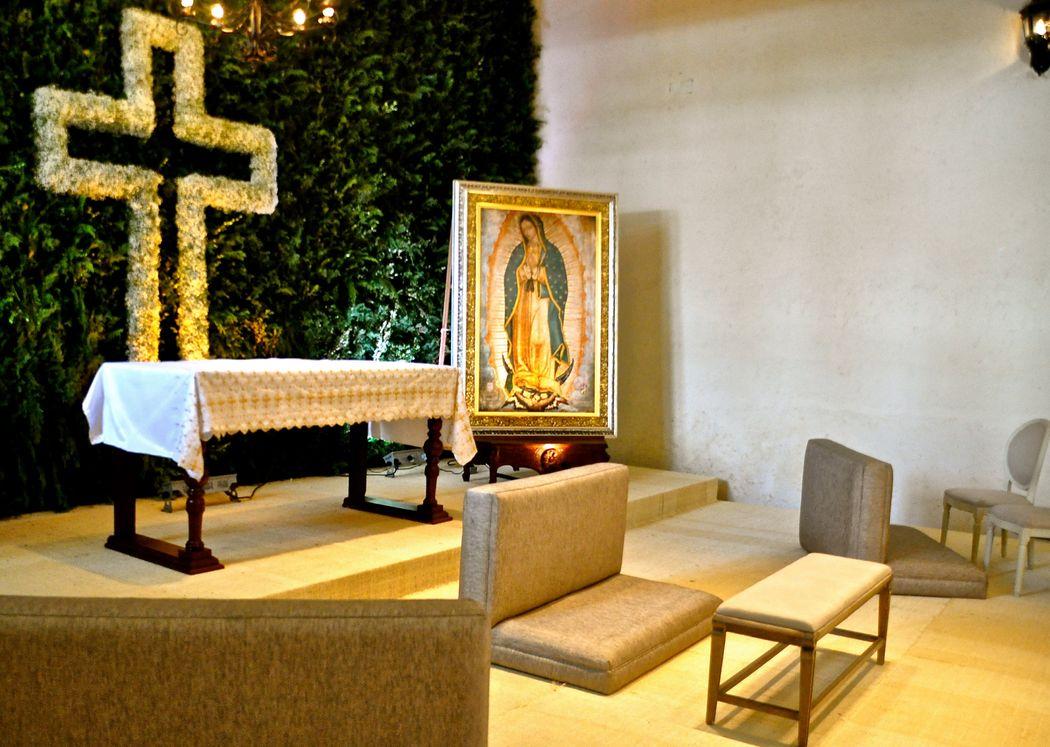 Altar en el nuestro salón. Hacienda el Pedregal - Estado de México