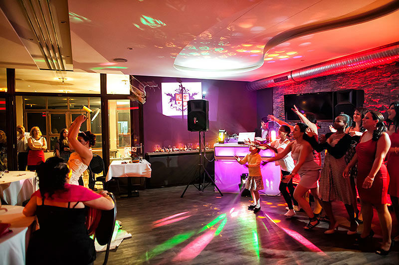 Beispiel: Tanzfläche, Foto: Moods Bar & Restaurant.