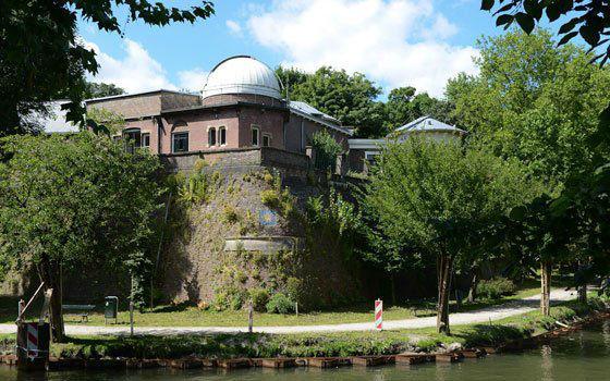 Buitenaanzicht Sonnenborgh museum & sterrenwacht