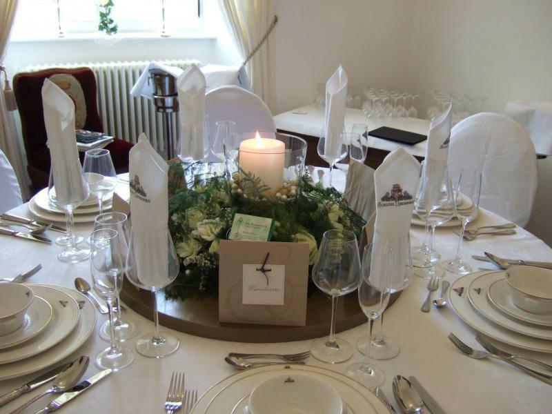 Beispiel: Hochzeitstafel, Foto: Schloss Niederweis.