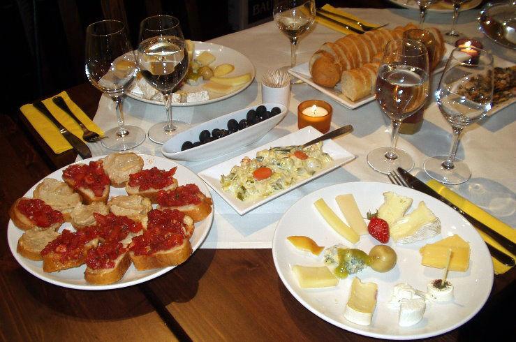 Beispiel: Kulinarische Köstlichkeiten, Foto: Villa del Vino.