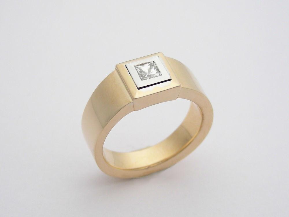 Beispiel: Der perfekte Ring für den Antrag, Foto: Juwelier Neuwirth.