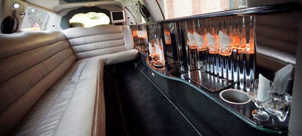 Beispiel: Luxuriöse Innenausstattung Ihrer Limousine, Foto: City-Limos.