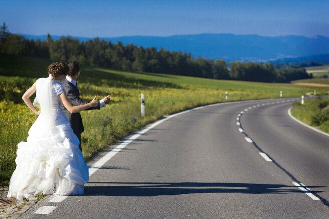 Beispiel: Witzige Hochzeitsfotos, Foto: We shoot u.