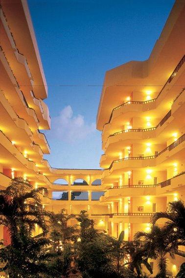 Hotel para bodas en Cancún - Foto Fiesta Americana Condesa Cancún