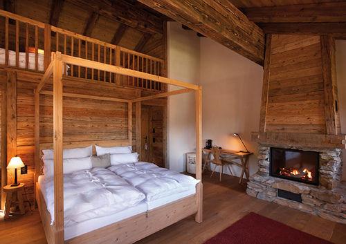 Beispiel: Hotelzimmer, Foto: Maiensässhotel Guarda Val.