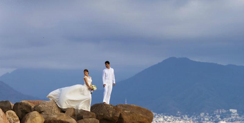 Boda en la playa en el Hotel Velas Resort de Puerto Vallarta