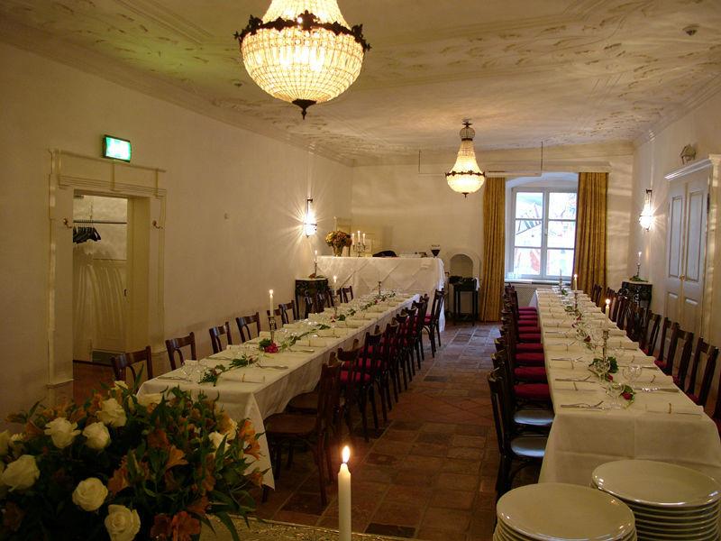 Beispiel: Festtagstafel, Foto: Orphée.