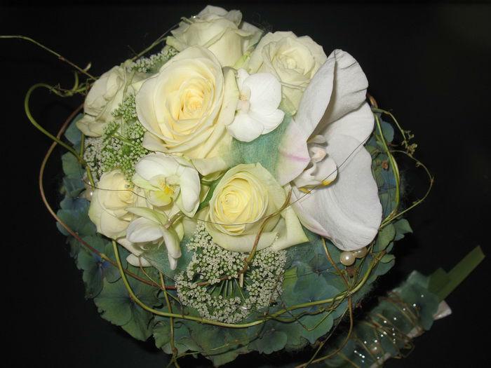 Beispiel: Brautstrauß, Foto: Frankfurter Blumenbote.