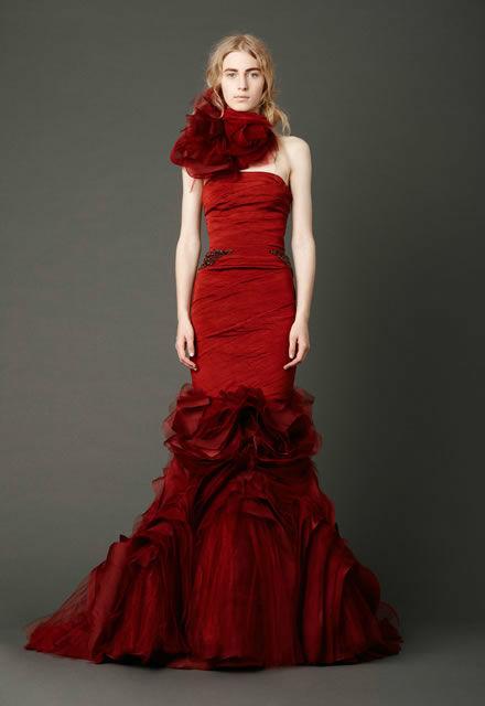 Beispiel: Kleider für die Braut mit Stil, Foto: Zoro Sposa.