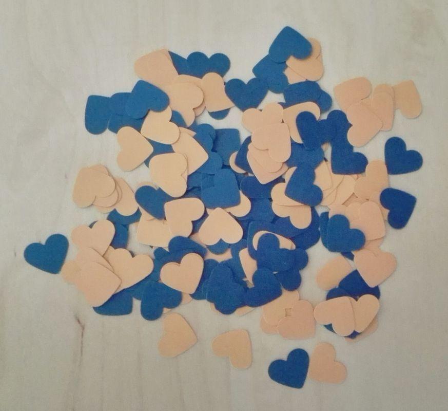 Confeti con forma de Corazón Tamaño de cada corazón: 1,2x1,5cm (varios colores disponibles) Ideal para decorar o como sustituto del arroz.