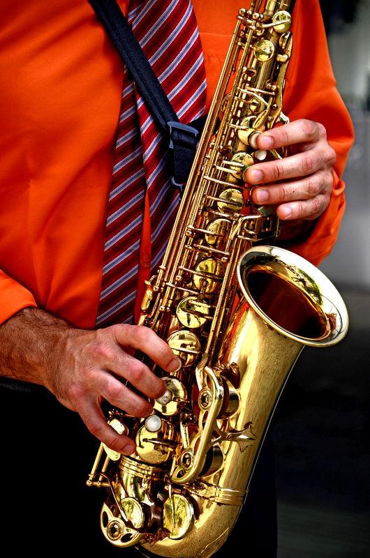 Sunset com acompanhamento de saxofone