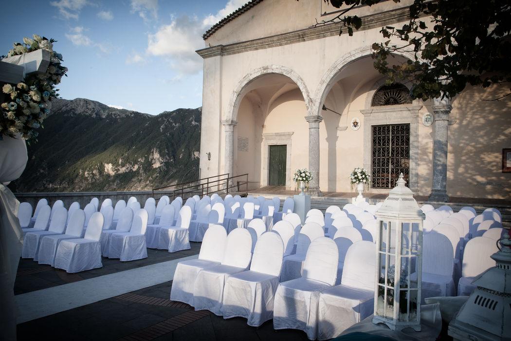 Grand Hotel Pianeta Maratea - l'allestimento per il rito civile  al Cristo di Maratea   - photo : Umberto Calipari